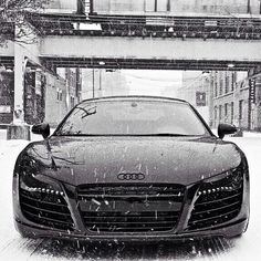 Such a beautiful photo of such a beautiful car!