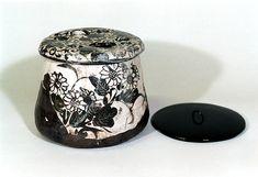 乾山銹絵菊図水指 けんざんさびえきくずみずさし 江戸時代中期 18c