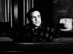 A bunch of Marlon Brando Gifs that make me smile  :)