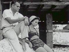 Alberto Moravia: «Se è questa la giovinezza vorrei che passasse presto»