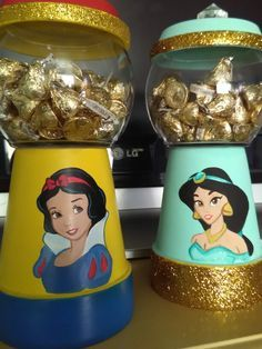 Snow White Jasmine Disney Princess candy jars Gumball machines