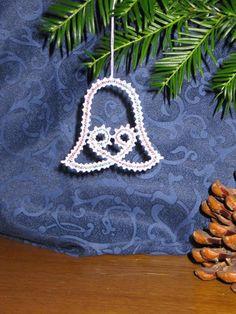 Bobbin Lace Patterns, Christmas Crochet Patterns, Lacemaking, Crochet Stitches, Tatting, Crochet Earrings, Xmas, Textiles, Etsy