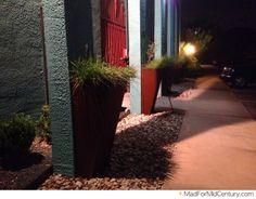 Mad for Mid-Century: Vintage Screen Door Mid Century Modern Landscaping, Mid Century Modern Decor, Mid Century Art, Vintage Screen Doors, Metal Planters, Mid-century Modern, Sidewalk, Landscape, Mad