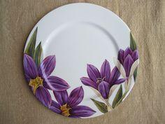 Crocus decor on plate