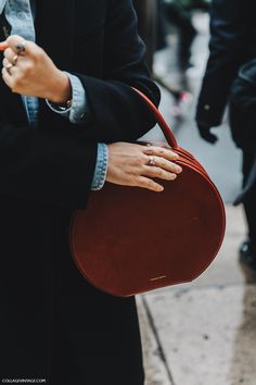 If there's one new piece you need in 2017, it's a round bag. Follow these bloggers' lead and you'll surely stand apart from the crowd the next time you're out and about (not to mention totally...