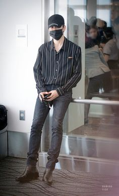 Thailand Fashion, Boy Fashion, Mens Fashion, Jung Yoon, Jung Jaehyun, Jaehyun Nct, Koh Tao, Airport Style, Airport Fashion
