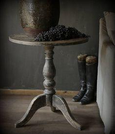 Wijntafeltje gemaakt van oud elmwood zwart