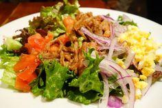 アメリアはBBQプルドポークのコブサラダ某所のプルドポークと比較しちゃうとアレですが #meallog #food #foodporn #tw
