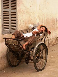 A nap in Vietnam. Photo by Alan Barnet #hearttravel