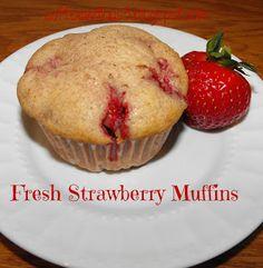 Yummy and easy strawberry muffins! #strawberry #muffin #recipe