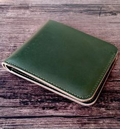Handmade leather wallet, available on Etsy in 4 colors (green, brown, red and blue). Made of genuine cow leather and shipped from France Handmade Leather Wallet, Leather Accessories, Cow Leather, Red And Blue, Zip Around Wallet, France, Etsy, Brown, Colors