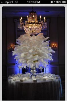 Via Liz Cruz WOW!  Entry table??? Beautiful~!