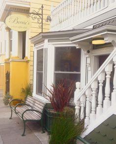 Kaffee, Kinder, Köter und das Internet  There is no valley like Noe Valley. Bericht aus einem unwirklichen Stadtteil in San Francisco.