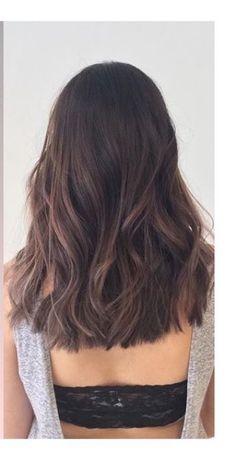 Haircut inspiration 2018 brunette ideas for 2019 Medium Hair Styles, Curly Hair Styles, Cute Medium Length Hair, One Length Hair, Hair Inspo, Hair Inspiration, Hight Light, Brunette Hair, Hair Highlights