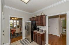 Additional kitchen view