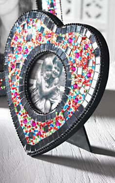Gem, Beads & Glitter Photo Frame   Picture Size 3x3 £6.50