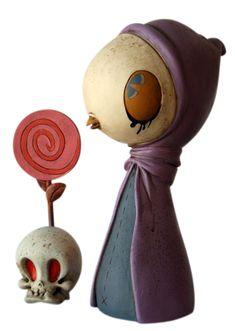 """Cream Bird Greeter w/ Lolli Skull"" | Artists: Kathie Olivas & Brandt Peters | Materials: Acrylic on resin cast"