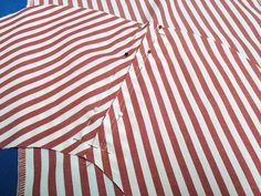 Taschen nähen | Fashionmakery Pocket Pattern, Dress Sewing Patterns, Fashion Sewing, Sewing Techniques, Welt Pocket, Sewing Hacks, Tops, Dresses, Women