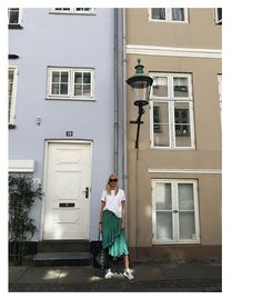 http://ellenclaesson.chic.se/2017/05/27/one-night-in-copenhagen/