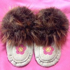 Little Girl Moccasins Moccasins, Little Girls, My Etsy Shop, Slippers, Fur, Beadwork, Alaska, Pink, Leather