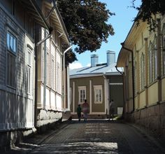 The popular Old Rauma open yards and yard sales -event is arranged once again during the Rauma Lace Week 18.-26.7.2015. - See more at: http://www.rauma.fi/en/ajankohtaista/sneak-a-peek-inside-the-yards-of-old-rauma#sthash.Qj17oi94.dpuf