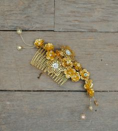 Paige Floral Hair Comb | Brides and Bridal Party Attire & Accessories | Hushed Commotion | Scoutmob Shoppe | Product Detail