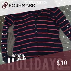 Old Navy Long Sleeve Striped Shirt Only worn a couple of times, great for layering Old Navy Tops Tees - Long Sleeve
