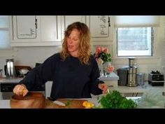 no fat celery parsley spirulina salad. so good. :) | dara dubinet - YouTube