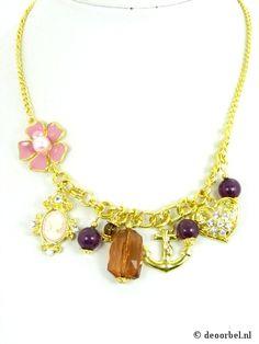 Goudkleurige halsketting met camee, bloem en hart (Sarlini) voor maar 9,95 bij Deoorbel.nl