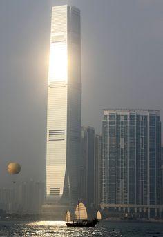 Hong Kong ( International Commerce Centre )