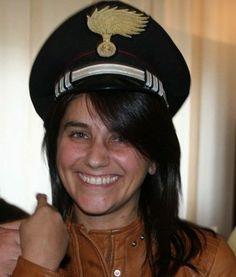 in galera.... Captain Hat, Hats, Fashion, Moda, Hat, Fashion Styles, Fashion Illustrations, Hipster Hat