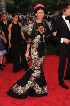 Giovanna Battaglia channelling Frida Kahlo in Dolce & Gabbana at the Met Gala 2012