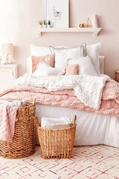 Boho Bedroom Ideas – Who can resist the temptation of collapsing into a comfortable and heavenly bed at… Dusty Pink Bedroom, Pink Bedroom Design, Rose Bedroom, White Bedroom Decor, Pink Room, Dream Bedroom, Home Decor Bedroom, White Bedrooms, Bedroom Designs
