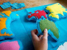 Trabajos hechos a mano de Montessori - herramienta de aprendizaje de geografía de continente de fieltro de lana por Aly Parrott en Etsy.