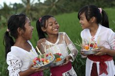 Kids giggling on the way to temple - Alila Ubud, Bali