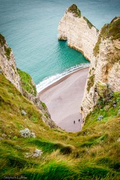 Etretat, France (by Lollivier Stephane) ✈✈✈ Don't miss your chance to win a Free Roundtrip Ticket to anywhere in the world **GIVEAWAY** ✈✈✈ https://thedecisionmoment.com/free-roundtrip-tickets-giveaway/