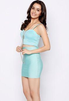 milan-talkies-movie-actress-shraddha-kapoor-unseen-bikini-photos-latest (19)