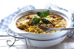 Bobotie is a South African dish usually made with spiced meat - this version is as meat free friendly as they come. Vegetarian Cooking, Vegetarian Recipes, Cooking Recipes, Vegan Food, Delicious Recipes, Vegetarian Main Course, Vegan Main Dishes, South African Recipes, Ethnic Recipes