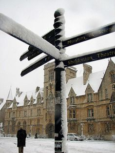 Enchanted Oxford, always magical under a blanket of snow. (Lawrence OP on flickr)