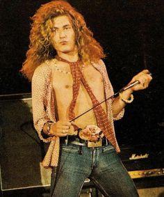 Robert Plant -- Led Zeppelin