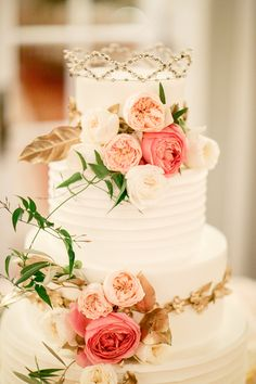 Brides: A Golden Garden-Inspired Wedding at Chicago's Blackstone Hotel Cake detail-romantic floral vintage crown from grandmother