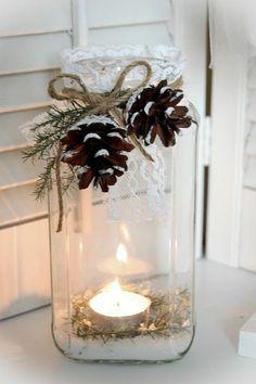 Décorations de Noël à faire soi-même, bougie, dentelles, bocal, pommes de pin