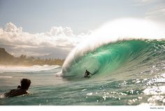 [Photos] The first true swell of the North Shore season is welcomed by John John Florence, Jamie O'Brien and co.