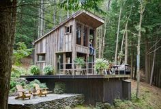 ingenious summer houses | Handmade Houses: A Century of Earth-Friendly Home Design | Home Design ...