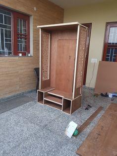 it's beautiful mandir design but it is not complet Wooden Temple For Home, Temple Design For Home, Pooja Room Door Design, Door Gate Design, Tea Table Design, Mandir Design, Pooja Mandir, Home Altar, Puja Room