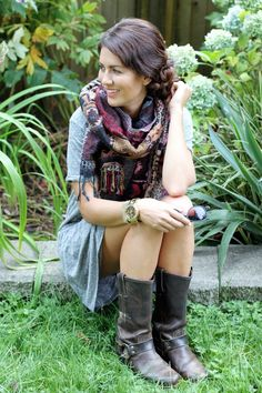Fall Transition-love the boots and scarf. I think the scarf is Aritzia and the boots are Frye!