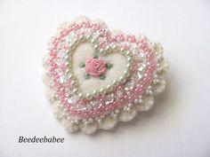 Heart brooch / Felt Heart Pin by Beedeebabee on Etsy https://www.etsy.com/listing/218084637/heart-brooch-felt-heart-pin