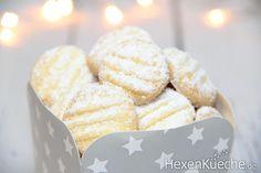 Schneeflöckchen - Einfach Himmlisch « Hexenküche.de Rice Krispie Treats, Rice Krispies, Christmas Cookies, Baking, Breakfast, Desserts, Kitchen Corner, Random, Candy