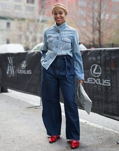 ve pulled together a list of 16 jean jacket outfits we?d gladly wear any day of the week. Winter Outfits, Cool Outfits, Summer Outfits, 60 Fashion, Denim Fashion, Style Fashion, Missguided Tops, Jean Jacket Outfits, Denim Handbags