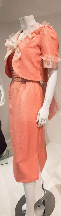 BELLVILLE SASSOON DAY DRESS IN MELON SILK TUSSORE. Princess Diana honeymoon going-away dress 7/1981
